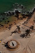 Natal_RN, Brasil...Na foto, o relogio de sol localizado na praia da Areia Preta em Natal, Rio Grande do Norte...Sun clock located in Areia Preta beach in Natal, Rio Grande do Norte. ..Foto: LEO DRUMOND / NITRO