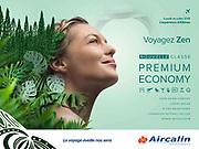 Photographie publicitaire pour la compagnie aérienne Aircalin représentant le portrait d'une jeune femme souriante, faite dans mon studio de Nouméa Nouvelle Calédonie.