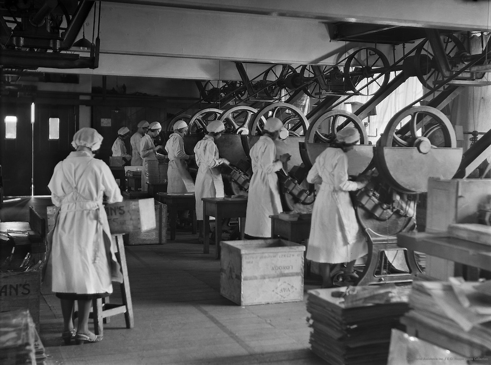 Workers at Machines, Peek Frean Biscuit Company, England, 1932