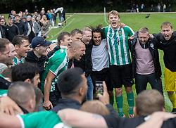 Jublende spillere fra Bispebjerg Boldklub efter den sensatuionelle 3-2 sejr i Sydbank Pokalen, 1. runde,  mellem Bispebjerg Boldklub og FC Helsingør den 2. september 2020 i Lersø Parken (Foto: Claus Birch).
