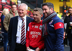 Bristol City head coach Lee Johnson and Bristol City majority shareholder Steve Lansdown pose for a picture with the Bristol City mascot at Watford - Mandatory by-line: Robbie Stephenson/JMP - 06/01/2018 - FOOTBALL - Vicarage Road - Watford, England - Watford v Bristol City - Emirates FA Cup third round proper