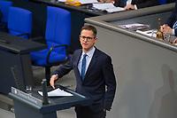 DEU, Deutschland, Germany, Berlin, 12.12.2017: Carsten Linnemann (CDU) bei einer Rede im Deutschen Bundestag.