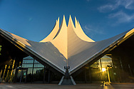 The last sunlight of the day hits the roof of the Tempodrom event venue, Berlin 2018.