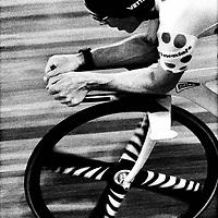 Frankrijk, Bordeaux, 23-07-1993.<br /> Wielrennen, Werelduurrecord.<br /> De Brit Chirs Boardman, Olympisch kampioen achtervolging, verbetert het werelduurrecord. Hij legde een afstand van 52,270 km af. Het oude record was afgelopen zaterdag nog verbeterde door de schot Greame Obree met 51,596.<br /> Foto: Klaas Jan van der Weij