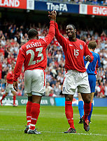 Fotball<br /> Foto: Jed Wee, Digitalsport<br /> NORWAY ONLY<br /> England v Island<br /> <br /> England v Iceland, Manchester Tournament, 05/06/2004.<br /> England's Darius Vassell is congratulated by Ledley King after scoring.