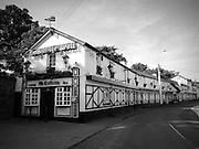 The Hole in the Wall Pub, Blackhorse Avenue. Dublin City ñ est.1651. beside phoenix park