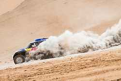 Carlos Sainz (ESP) of X-raid MINI JCW Team races during stage 04 of Rally Dakar 2019 from Arequipa to o Tacna, Peru on January 10, 2019 // Marcelo Maragni/Red Bull Content Pool // AP-1Y39E9HK51W11 // Usage for editorial use only // Please go to www.redbullcontentpool.com for further information. //