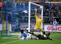Ellis Harrison of Bristol Rovers hits the cross bar - Mandatory by-line: Neil Brookman/JMP - 30/03/2018 - FOOTBALL - Memorial Stadium - Bristol, England - Bristol Rovers v Bury - Sky Bet League One
