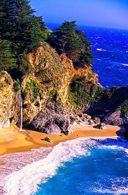 McWay Canyon, Partington Point, Julia Pfeiffer Burns State Park, Big Sur Coastline, Monterey County, California USA