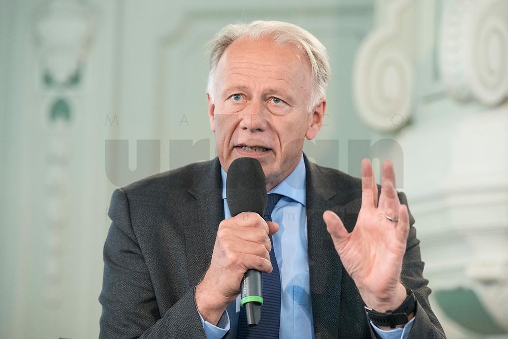 "06 JUN 2018, BERLIN/GERMANY:<br /> Juergen Trittin, MdB, B90/Gruene, Bundesumweltminister a.D., 27. BBH-Energiekonferenz ""Die Energiewende"", Becker Buettner Held, Franzoesische Friedrichstadtkirche<br /> IMAGE: 20180606-01-135<br /> KEYWORDS: Jürgen Trittin"