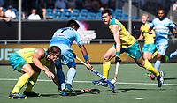 BREDA - Manpreet Singh (Ind.) met Edward Ockenden (Aus) en Jeremy Hayward (Aus) .  Australia-India (1-1), finale Rabobank Champions Trophy 2018. Australia wint shoot outs.  COPYRIGHT  KOEN SUYK