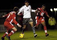 Photo: Olly Greenwood.<br />Leyton Orient v Bristol City. Coca Cola League 1. 01/11/2006. Bristol's Nick Wright tries to get past Leyton Orient's Matt Lockwood and  Derek Duncan
