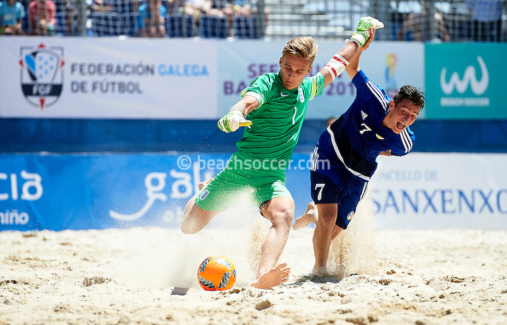 England goalkeeper Humm in action against Andorra at the Euro Beach Soccer League 2016 in Sanxenxo. (Photo by Manuel Queimadelos)