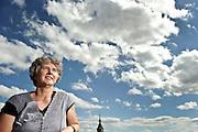 Serie Wahlhelfer. Frau Steinmann betet fuer die EDU. © Adrian Moser