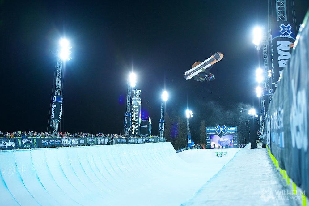Danny Davis during Snowboard Superpipe Finals at 2014 X Games Aspen at Buttermilk Mountain in Aspen, CO. ©Brett Wilhelm/ESPN