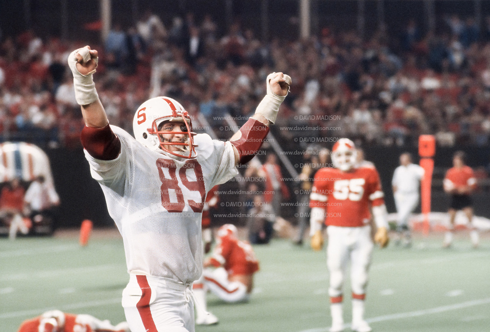 1978 Bluebonnet Bowl:  Stanford University vs University of Georgia in the 1978 Bluebonnet Bowl played at the Astrodome in Houston, Texas on December 31, 1978.  Stanford won by a score of 25-22.  Chuck Evans #89.  Photograph © 1978 David Madison.