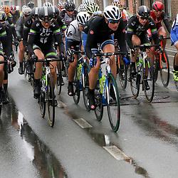 WEVELGEM (BEL) wielrennen: De vrouweneditie van Gent-Wevelgem werd onder epische omstandigheden verreden. Wind en regen waren naast de heuvels de tegenstander van het vrouwenpeloton.