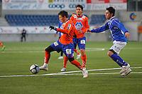 ÅLESUND 20110212. Aalesunds Pablo Herrera (tv) under treningskampen i fotball mellom Aalesund og Hødd på Color Line Stadion i Ålesund lørdag ettermiddag.<br /> Foto: Svein Ove Ekornesvåg