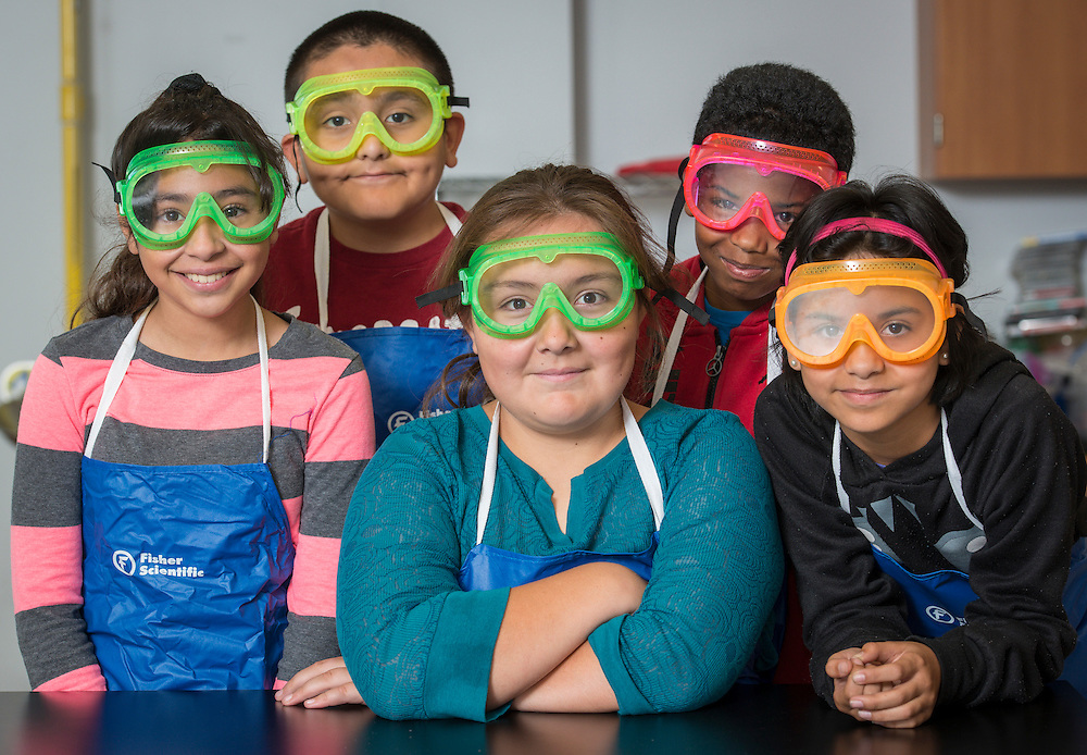 Students in science lab at the Rusk School, June 7, 2016.