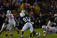 Tamba Hali sacks OSU quarterback Troy Smith late in the fourth quarter. Penn State recovered.