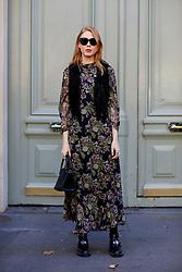 Street style, blogger Maria Jernov arriving at Balmain Spring Summer 2017 show held at Hotel Potocki, in Paris, France, on September 29, 2016. Photo by Marie-Paola Bertrand-Hillion/ABACAPRESS.COM
