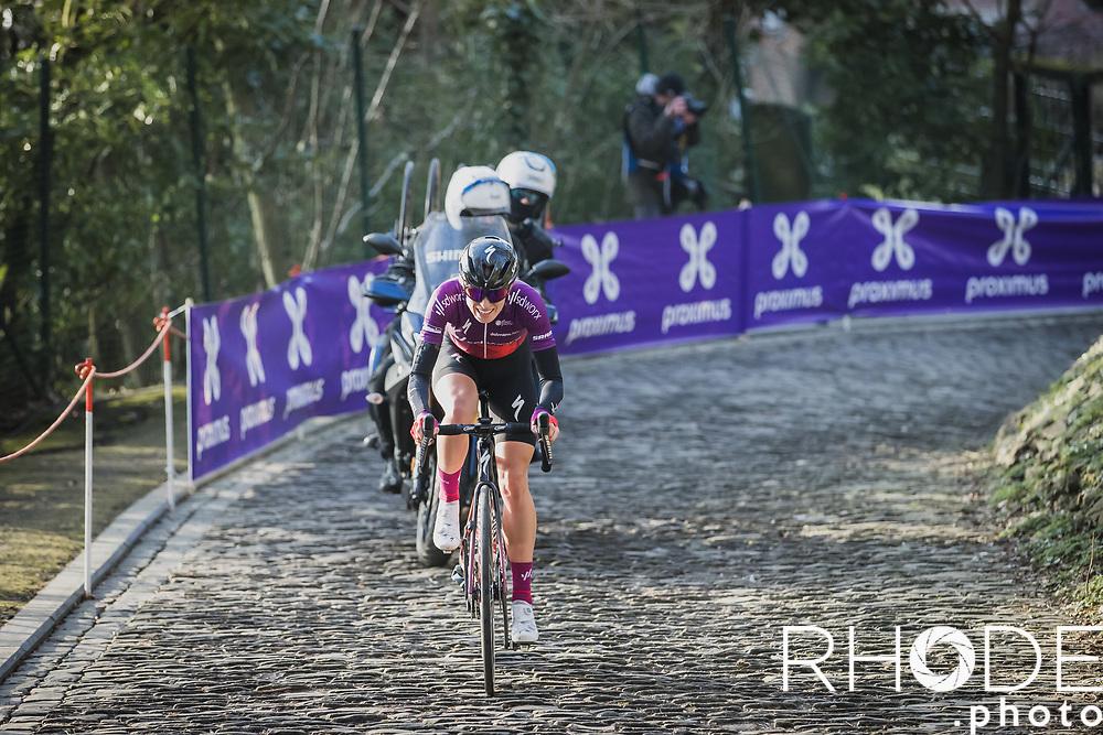 Demi Vollering (NED/SD Worx) solo escape. Up the infamous Muur van Geraardsbergen. <br /> <br /> 13th Women's Omloop Het Nieuwsblad 2021 <br /> 1 Day Race: Gent – Ninove 124km<br /> <br /> ©Rhode.Photo