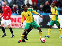 Fotball , 10. oktober 2009 , Privatkamp , Norge - Sør-Afrika<br /> Norway - South-Africa 1-0<br /> <br /> Siphiwe Tshabalala  , Sør-Afrika