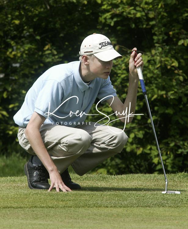 ARNHEM - Gijs van Doorn.  Voorjaarswedstrijden Golf heren op de Rosendaelsche Golfclub COPYRIGHT KOEN SUYK
