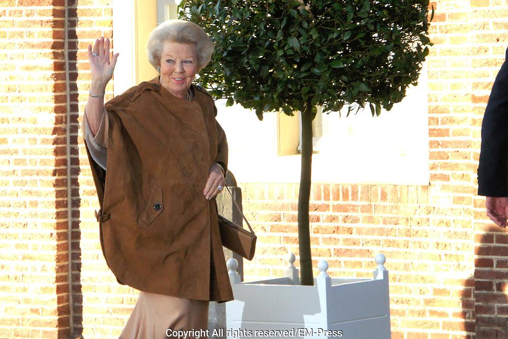 Doop Willem Jan ( 01-07-2013), zoon van Prins Floris en Prinses Aimee oppaleis het Loo<br /> <br /> Christening of Willem Jan ( 01-07-2013), son of Prince Floris and Princess Aimee on palace het Loo<br /> <br /> Op de foto / On the photo: Prinses Beatrix / Princess Beatrix