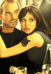 1999; Pushing Tin. Original Film Title: Pushing Tin, PICTURED: ANGELINA JOLIE, BILLY BOB THORNTON, Composer: Anne Dudley, Director: Mike Newell, IN CAST: Billy Bob Thornton, Cate Blanchett, Angelina Jolie, John Cusack, Matt Ross  (Credit Image: © 20TH CENTURY FOX/Entertainment Pictures/ZUMAPRESS.com)