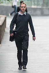 "© Licensed to London News Pictures. 07/07/2015. London, UK. Tom Hayes, the former UBS and Citigroup trader, arriving at Southwark Crown Court where he is accused of being the ""ringmaster"" in an enormous fraud to rig the Libor benchmark interest rate.Photo credit : James Gourley/LNP"