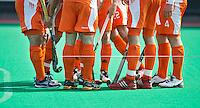 ROTTERDAM - HOCKEY -  De mannen van Oranje tijdens de oefenwedstrijd tussen de mannen van Nederland en Engeland (2-1) . FOTO KOEN SUYK