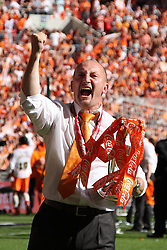 22.05.2010, Wembley Stadium, London, ENG, Coca Cola Championship Play Off Final, Blackpool vs Cardiff, im Bild Blackpool manager Ian Holloway afer his team beat Cardiff in the  Championship Play Off Final; EXPA Pictures © 2010, PhotoCredit: EXPA/ IPS/ Aaron Murrell / SPORTIDA PHOTO AGENCY