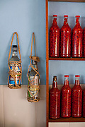 Tres Coracoes_MG, Brasil...Comercio de cachaca e pimenta em Tres Coracoes...Cachaca and pepper trade in Tres Coracoes...Foto: LEO DRUMOND / NITRO.....