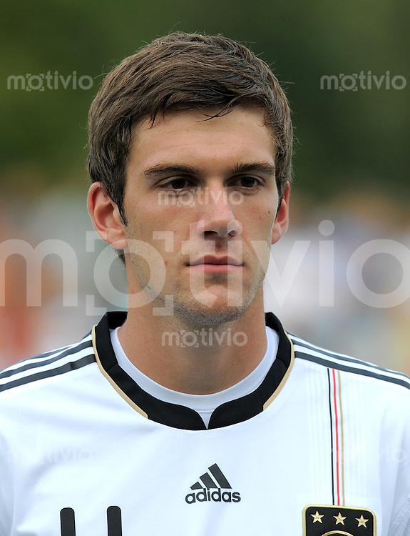FUSSBALL INTERNATIONAL   Freundschaftsspiel U 20   31.08.2011 Deutschland - Polen Stefan Bell (Deutschland)