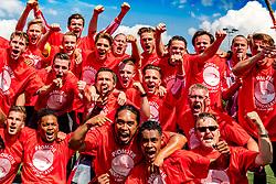 05-06-2017: Voetbal: Alphense Boys v VELO: Alphen aan den Rijn<br /> AlphenseBoys promoveert naar de Hoofdklasse ten koste van VELO en viert dat uitbundig<br /> Mannen zondag nacompetitie 2e ronde, hoofdklasse/1e klasse, poule 1<br /> Seizoen 2016-2017