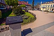 Granica sądeckiego getta, pomnik ofiar Holocaustu, Nowy Sącz, Polska<br /> Border of the Nazi ghetto, monument to Holocaust victims, Nowy Sącz, Poland
