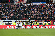 Fussball: 2. Bundesliga, FC St. Pauli - Holstein Kiel, Hamburg, 28.10.2018<br /> Jubel von Kiel über den Treffen zum 0:1<br /> © Torsten Helmke
