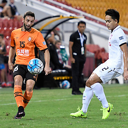 BRISBANE, AUSTRALIA - FEBRUARY 21: Arana of the Roar passes the ball during the Asian Champions League Group Stage match between the Brisbane Roar and Muangthong United FC at Suncorp Stadium on February 21, 2017 in Brisbane, Australia. (Photo by Patrick Kearney/Brisbane Roar)