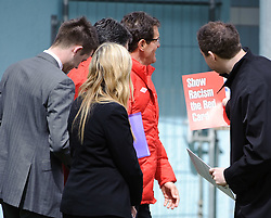 "19.05.2010, Arena, Irdning, AUT, FIFA Worldcup Vorbereitung, Training England, im Bild England Nationaltrainer/ Manager Fabio Capello wird ein Schild geziegt auf dem steht ""show racism the red card"", EXPA Pictures © 2010, PhotoCredit: EXPA/ S. Zangrando / SPORTIDA PHOTO AGENCY"