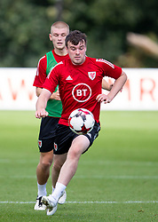CARDIFF, WALES - Monday, August 31, 2020: Wales' Sion Spence during a training session at the Vale Resort ahead of the UEFA Under-21 Championship Qualifying Round Group 9 match between Bosnia and Herzegovina and Wales. (Pic by David Rawcliffe/Propaganda)