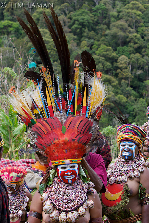 Villagers at Payakona Village singsing ceremony.  Mount Hagen vicinity in the Western Highlands Province, Papua New Guinea.