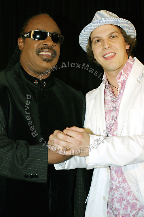 Stevie Woder (left) and Gavin DeGraw posing together  before entering the 37th Annual Songwriters Hall of Fame Induction Ceremony at the Marriott Marquis Hotel in New York, USA, on Thursday, June 15, 2006. **ITALY OUT**