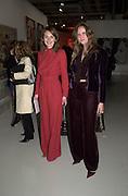 Servane Hottingver and Marie Jeanne Acquaviva. Pop art exhibition opening. Pompidou Centre. Paris. 13 march 2001. © Copyright Photograph by Dafydd Jones 66 Stockwell Park Rd. London SW9 0DA Tel 020 7733 0108 www.dafjones.com