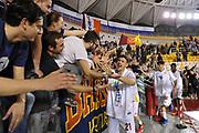 DESCRIZIONE : Roma LNP A2 2015-16 Acea Virtus Roma Angelico Biella<br /> GIOCATORE : Riccardo Casagrande<br /> CATEGORIA : esultanza tifosi pubblico<br /> SQUADRA : Acea Virtus Roma<br /> EVENTO : Campionato LNP A2 2015-2016<br /> GARA : Acea Virtus Roma Angelico Biella<br /> DATA : 15/11/2015<br /> SPORT : Pallacanestro <br /> AUTORE : Agenzia Ciamillo-Castoria/G.Masi<br /> Galleria : LNP A2 2015-2016<br /> Fotonotizia : Roma LNP A2 2015-16 Acea Virtus Roma Angelico Biella