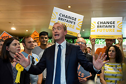 © Licensed to London News Pictures. 01/06/2017. London, UK.  Liberal Democrat Leader Tim Farron and Sarah Olney during a visit to Shiraz Mirza Community Centre in Norbiton to meet local voters.  Photo credit : Stephen Chung/LNP