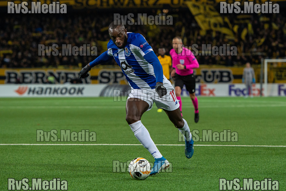 BERN, SWITZERLAND - NOVEMBER 28: #11 Moussa Marega of FC Porto in action during the UEFA Europa League group G match between BSC Young Boys and FC Porto at Stade de Suisse, Wankdorf on November 28, 2019 in Bern, Switzerland. (Photo by Monika Majer/RvS.Media)