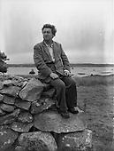1959 – 10/06 Brendan Behan in Connemara