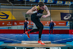 Rody de Wolff in action on the shot put during the all-around at the Dutch Athletics Championships on 13 February 2021 in Apeldoorn