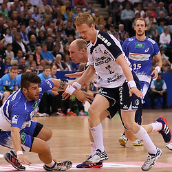 Hamburg, 24.05.2015, Sport, Handball, DKB Handball Bundesliga, HSV Handball - SG Flensburg-Handewitt : Kevin Herbst (HSV Handball, #11), Anders Zachariassen (SG Flensburg-Handewitt, #22)<br /> <br /> Foto © P-I-X.org *** Foto ist honorarpflichtig! *** Auf Anfrage in hoeherer Qualitaet/Aufloesung. Belegexemplar erbeten. Veroeffentlichung ausschliesslich fuer journalistisch-publizistische Zwecke. For editorial use only.